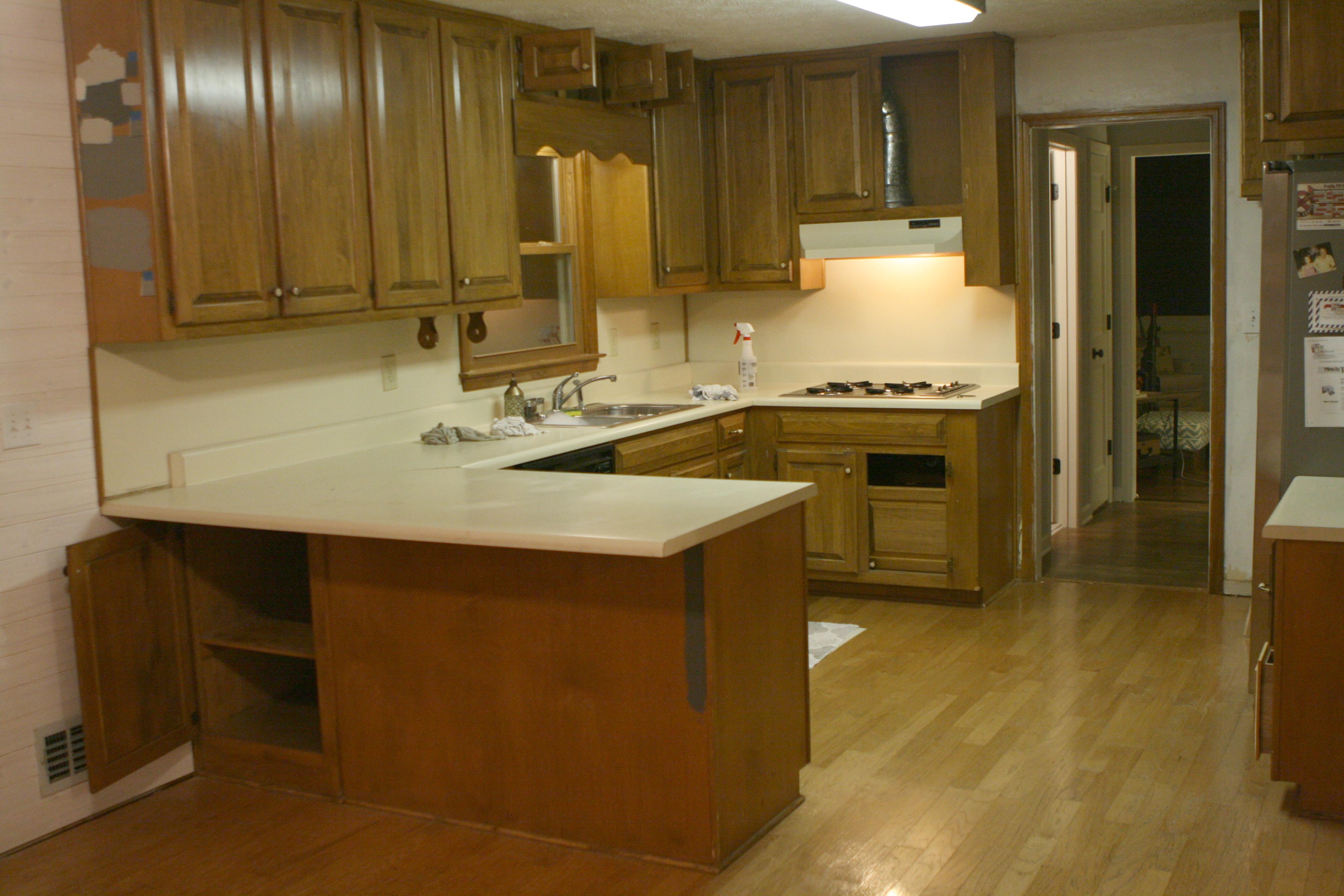 80's-kitchen-before-renovation